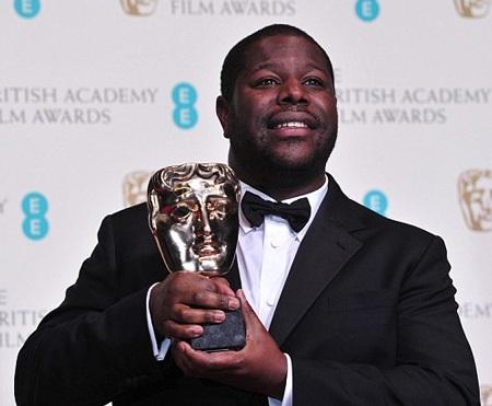 Đạo diễn Steve McQueen khoe giải thưởng Bộ phim hay nhất dành cho