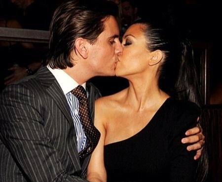 Kourtney Kardashian - Scott Disicktổ chức hôn lễ sau 7 năm hò hẹn, và có với nhau 2 mặt con.