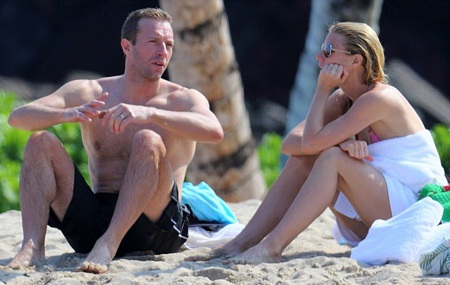 Vợ chồng Gwyneth Paltrown và Chris Martin đưa các con đi nghỉ hồi cuối năm 2013