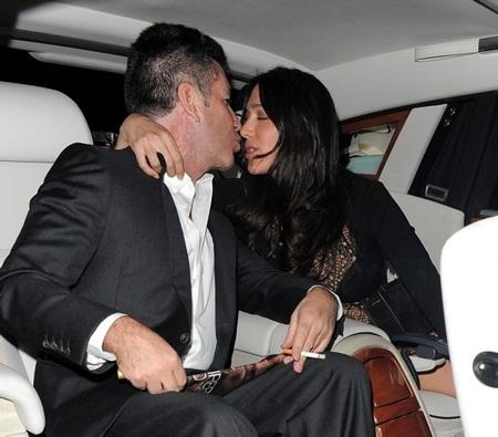 Họ còn bị phát hiện hôn nhau trên xe hơi cách đây vài ngày.