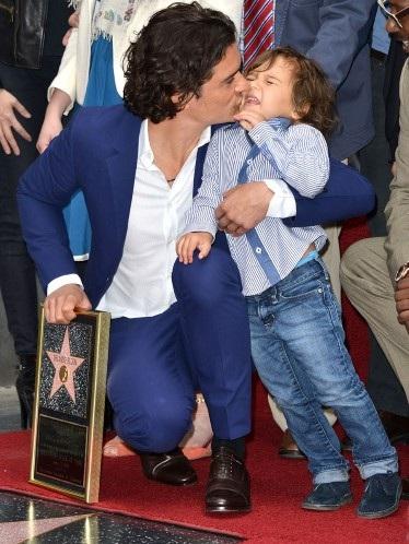 Những cặp cha con nổi tiếng của làng giải trí thế giới