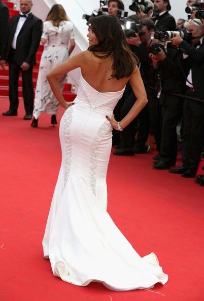 Kiểu nữ Hollywood đọ sắc trên thảm đỏ