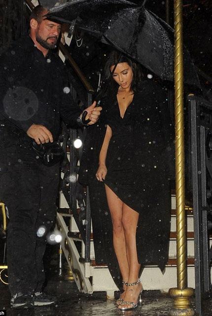 Đám cưới lần 3 của ngôi sao truyền hình thực tế đang nhận được sự quan tâm đặc biệt của báo giới.