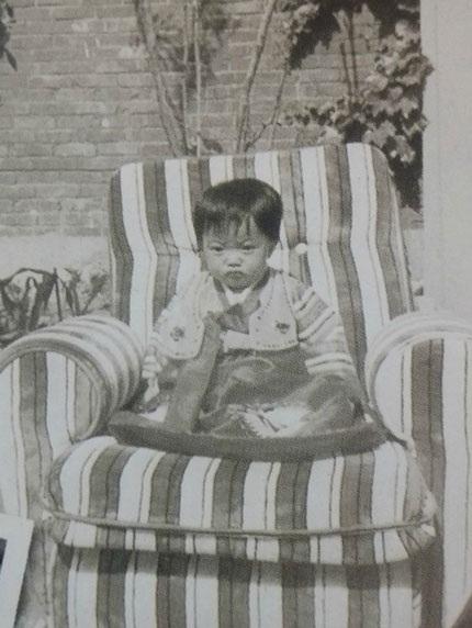 Cư dân mạng bất ngờ khi xem ảnh thời thơ ấu của Kim Hee Sun