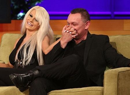 Courtney và chồng cùng tham gia ghi hình cuối tuần trước.