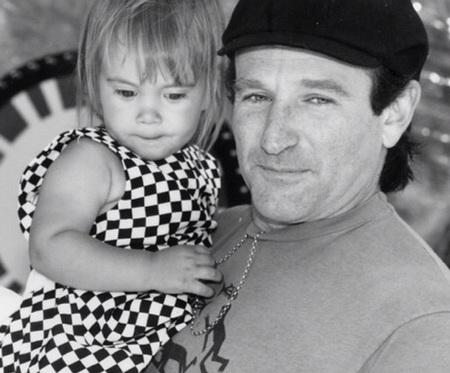 Robin Williams đăng ảnh con gái lên trang cá nhân trước khi chết