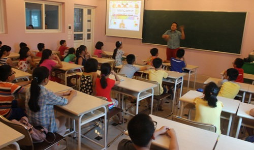 Lớp học tiếng Anh miễn phí của Nhật Nam