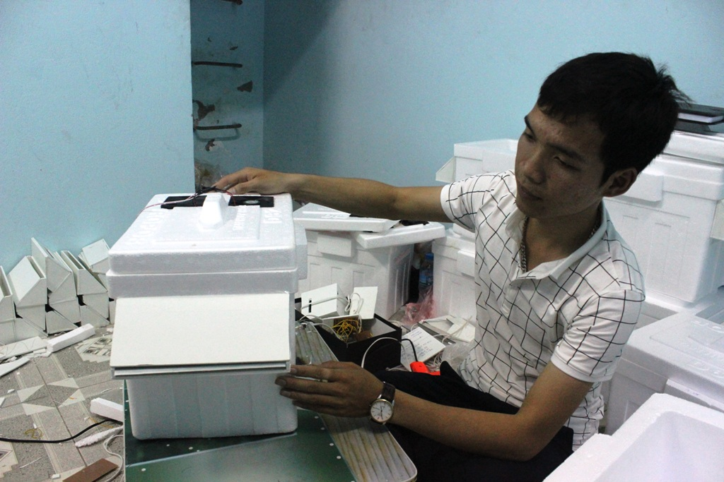 Hệ thống phễu lạnh được thiết kế ngang nhằm giúp diện tích làm lạnh được nhiều hơn