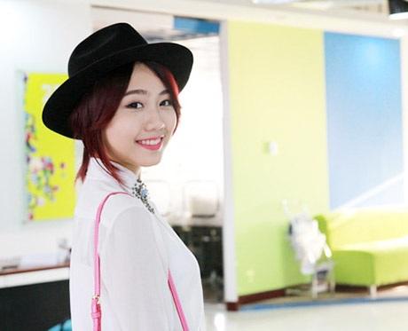 Thu Trang xinh đẹp, hồn nhiên ở tuổi 18