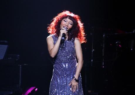 Cô là ngôi sao toả sáng nhất trong đêm nhạc của Đỗ Bảo