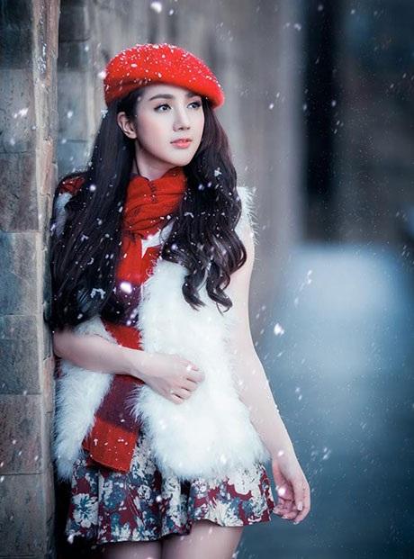Linh Napie lãng mạn trong Noel có tuyết