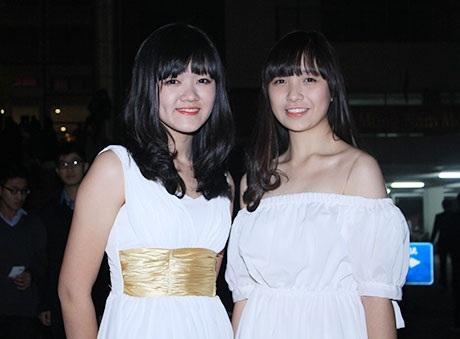 Nữ sinh trường Ams xúng xính váy áo dự tiệc