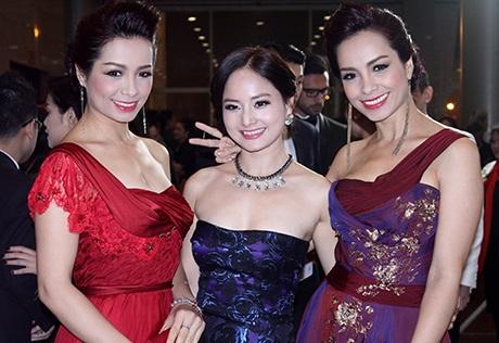 Bầu sô Quang Huy trở thành tâm điểm chú ý của báo giới tại lễ trao giải điện ảnh lần này