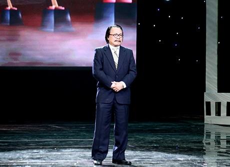 MC Phan Anh và Thuỳ Linh đóng vai trò dẫn dắt đêm trao giải Cánh Diều Vàng