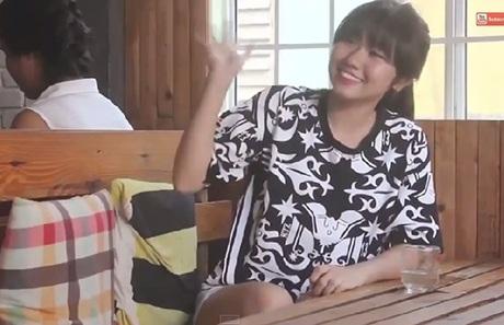 Hình ảnh các cô gái xinh đẹp trong clip (Ảnh chụp màn hình)