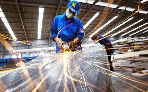 Mỗi lao động Việt Nam làm ra được hơn 74 triệu đồng (trên 3.500 USD) - ảnh minh họa.