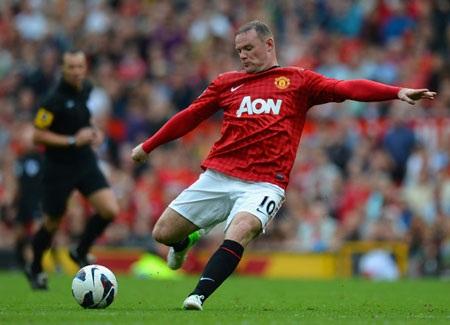 """Rooney sẽ phải đối mặt với """"cuộc chiến"""" vì chấn thương lẫn cân nặng của anh"""