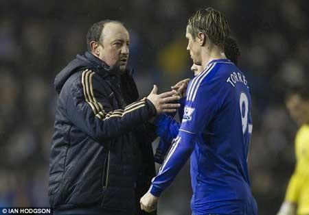 Benitez muốn mang chiến thắng để làm câm lặng những lời chỉ trích