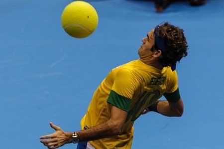 Thật hiếm khi được thấy Federer trong hình ảnh này