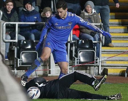 Eden Hazard đang đối mặt với nguy cơ lĩnh án phạt nặng từ FA