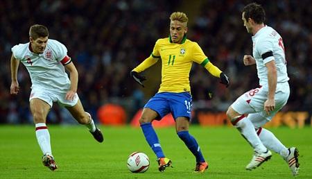 Theo Pele, Neymar sẽ thích hợp với Barcelona hơn Man City