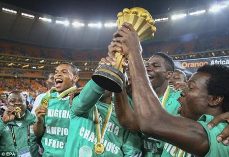 """Xin chúc mừng tân vương của bóng đá châu Phi: """"Siêu đại bàng"""" Nigeria"""