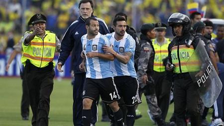Mascherano đã để lại một hình ảnh rất không đẹp tại Ecuador