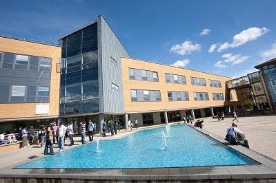 """Hội thảo """"Những khóa học có chương trình thực tập tại Đại học Surrey"""" - 1"""