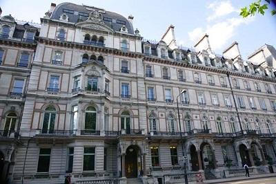 Hội thảo: Cơ hội học bổng tại Trường Kinh doanh và Tài chính London  - 1