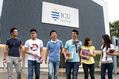"""Ngày 18/12: Báo cáo """"Cơ hội lấy bằng đại học Úc và làm việc tại Singapore"""" - 1"""