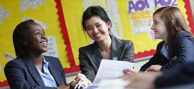 Học bổng 100% học phí  Trường nội trú Brooke Hous, Anh quốc - 2