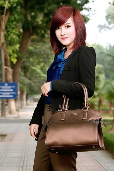 Túi công sở nào cho bạn gái khi hè sang???