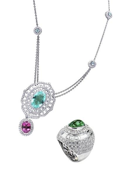 Nhẫn gắn đá Emerald; Mặt dây gắn đá Paraiba xanh và hồng