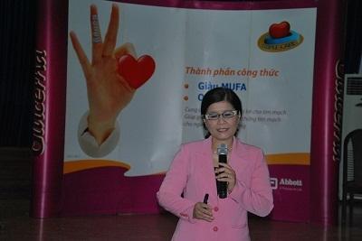 Th.S, BS Diệp Thị Thanh Bình phát biểu tại hội thảo.