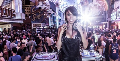 Nữ DJ lừng danh của Bờ Tây nước Mỹ