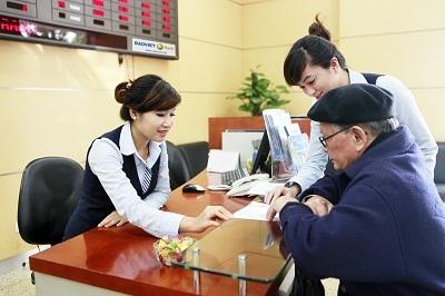 Giao dịch tại BAOVIET Bank.