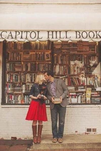 """Không ồn ào, các cặp đôi """"cổ điển"""" vẫn có những cách chân thành để bày tỏ tình cảm."""