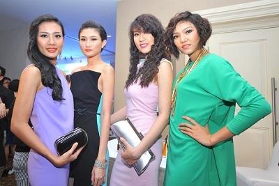 Hoa hậu Thùy Dung, một trong những vị giám khảo của cuộc thi, xuất hiện trẻ trung, xinh tươi.