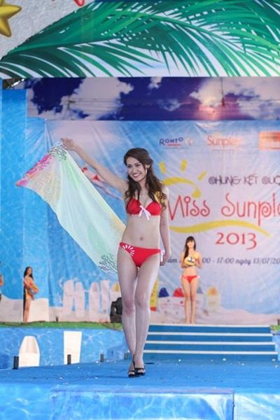 Phần thi bikini Sunplay