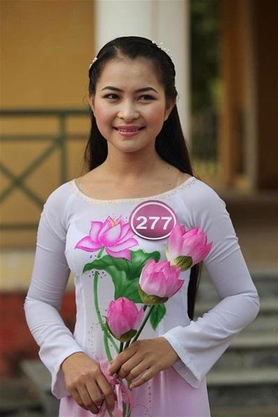 Nguyễn Thị Hoa (SBD 277)