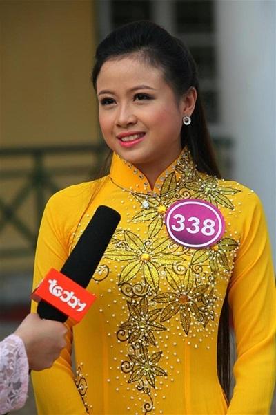 Trần Thị Thúy Hồng (SBD 338)