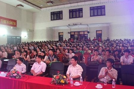 Hội thảo diễn ra thành công với sự tham dự của hơn 500 sinh viên