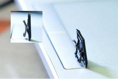 Cơ cấu khung trượt chữ X giúp phím chỉ di chuyển theo phương thẳng đứng vững chắc