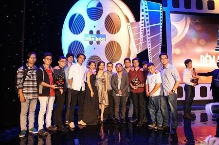 Nhóm 5Films cùng nhận được sự chúc mừng từ Ban giám khảo và Ban tổ chức chương trình