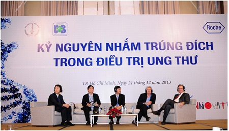 Các chuyên gia thảo luận tại hội thảo