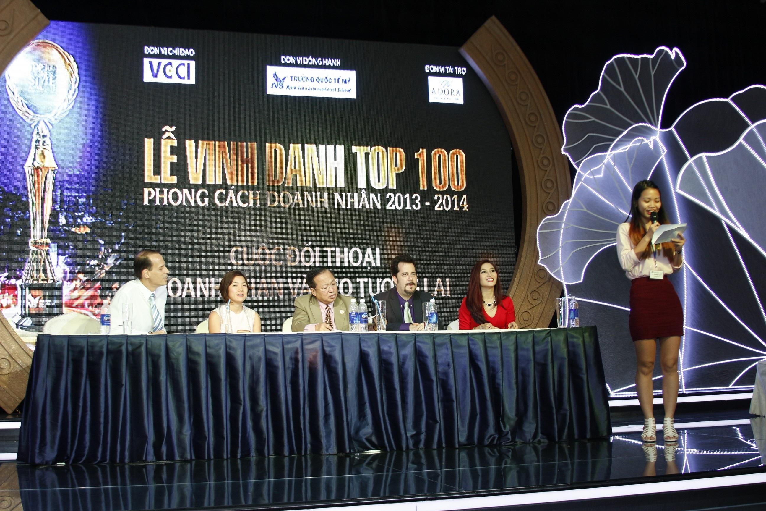 Ban điều phối chương trình Đối thoại Top 100 PCDN và 100 CEO tương lai.
