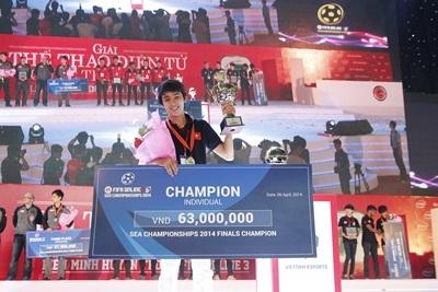 Phút đăng quang của nhà vô địch Nguyễn Thái Bảo
