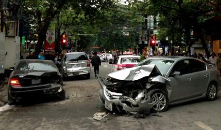 Hiện trường vụ tai nạn chiều ngày 9/11.