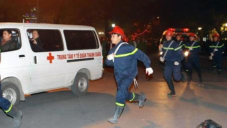 Lực lượng cứu hộ, cứu nạn được điều động đến hiện trường.