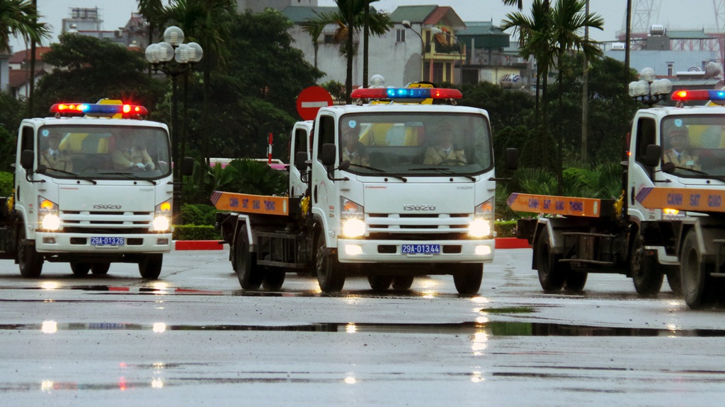 Xe cẩu cứu hộ của lực lượng Cảnh sát giao thông.